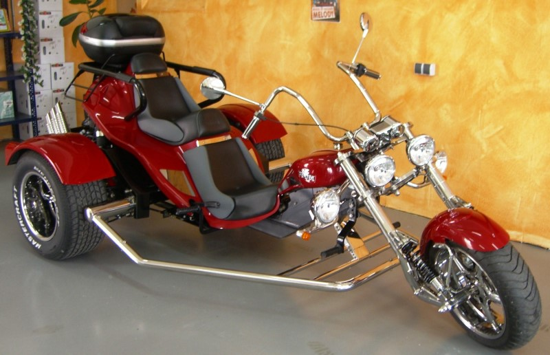 boom low rider 3i ez. Black Bedroom Furniture Sets. Home Design Ideas